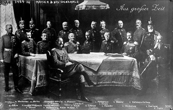 Wilhelm II und seine Generäle #7terSprung wikipedia.de PD